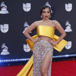 Anitta en la alfombra roja de los premios Grammy Latino 2019