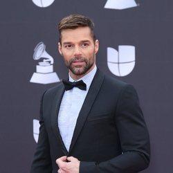 Ricky Martin en la alfombra roja de los premios Grammy Latino 2019