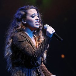 Noelia Franco actúa en los Premios Antena de Oro 2019