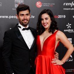 Patry Jordan y su pareja en la gala People in Red 2019