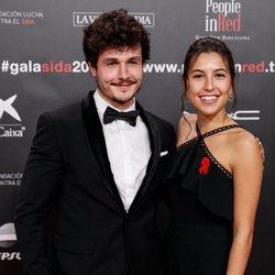 Miki Núñez y Sara Roy en la gala People in Red 2019