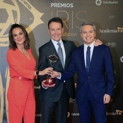Mónica Carrilo, Matías Prats y Vicente Vallés en los Premios Iris 2019