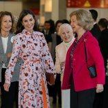 La Reina Letizia y la Reina Sofía, muy cómplices en el Rastrillo Nuevo Futuro 2019