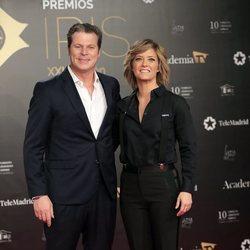 Jota Abril y María Casado en los Premios Iris 2019