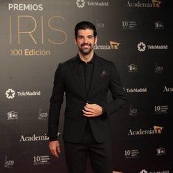 Miguel Ángel Muñoz en la alfombra roja de los Premios Iris 2019
