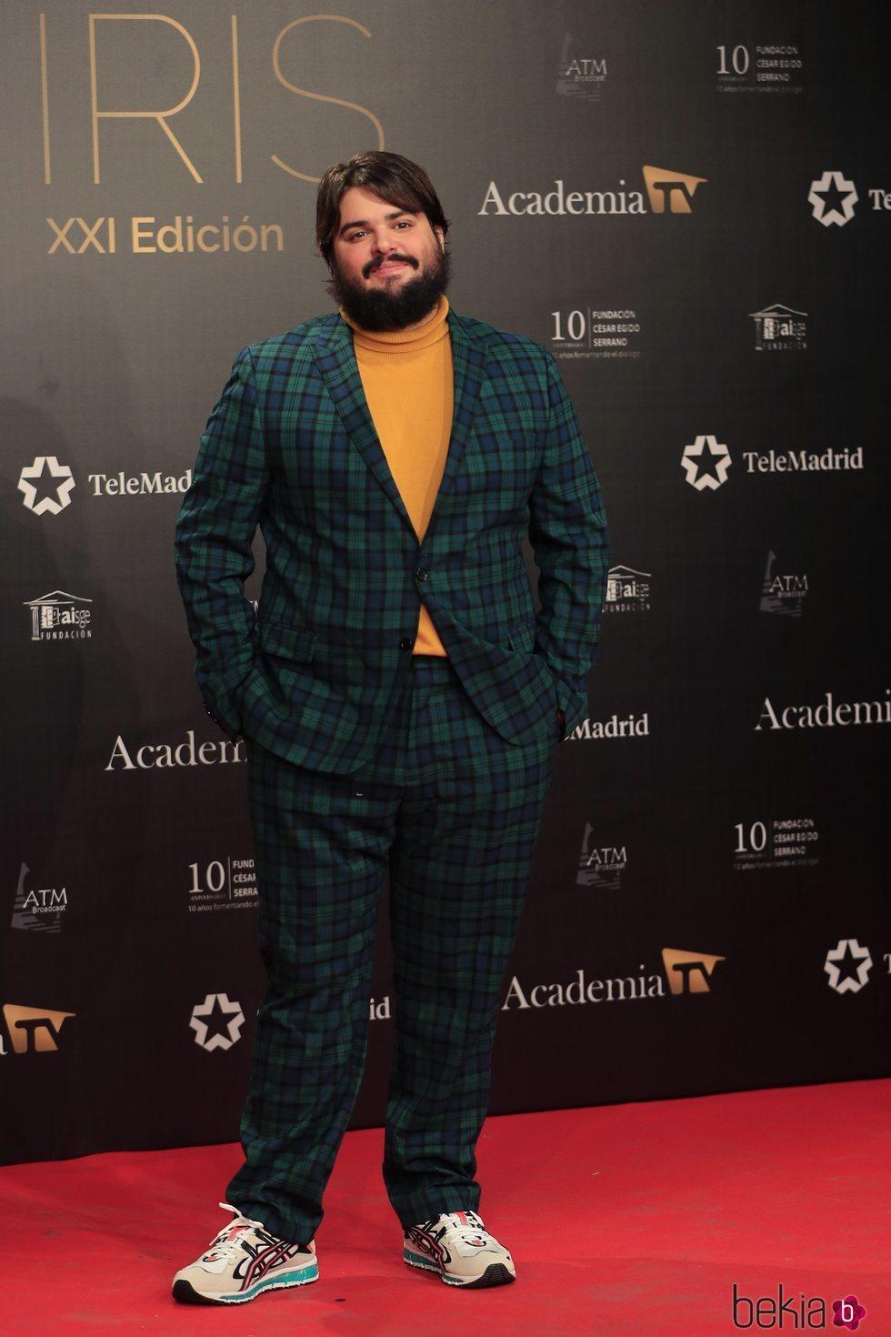 Brays Efe en la alfombra roja de los Premios Iris 2019
