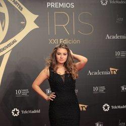 Carlota Boza en la alfombra roja de los Premios Iris 2019