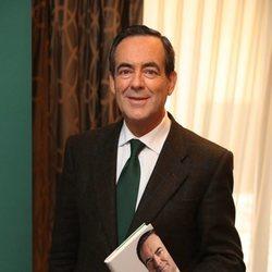 José Bono, muy sonriente en la presentación de su libro 'Se levanta la sesión'
