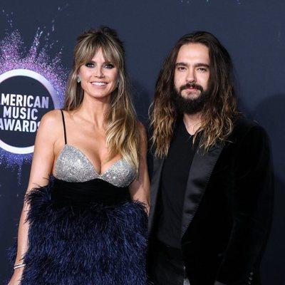 Heidi Klum y Tom Kaulitz en la alfombra roja de los premios AMAs 2019