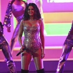 Selena Gomez actuando en los premios AMAs 2019