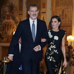 Los Reyes Felipe y Letizia en la entrega del Premio Francisco Cerecedo a Javier Cercas