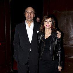 Ana Rosa Quintana y su marido en la fiesta de Navidad de Unicorn