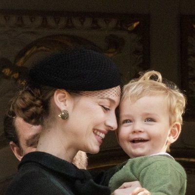 Beatrice Borromeo y su hijo Francesco Casiraghi, muy sonrientes en el Día Nacional de Mónaco 2019
