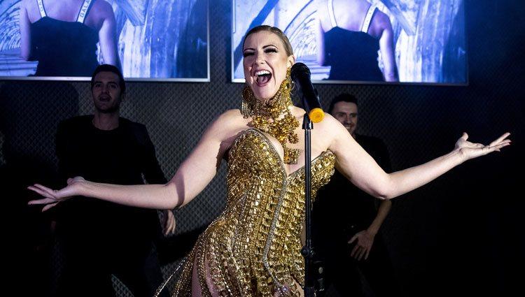 María Jesús Ruiz debuta como cantante