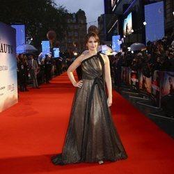 Felicity Jones en el estreno de 'The Aeronauts' en Londres