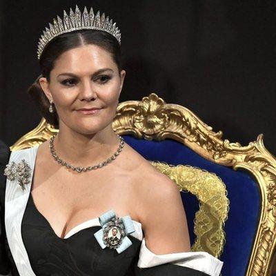 Victoria de Suecia con la tiara Fringe en los Nobel 2019