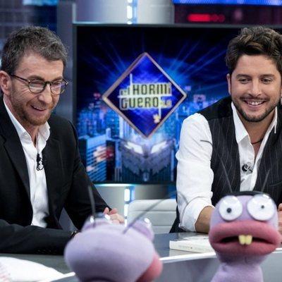 Pablo Motos y Manuel Carrasco en 'El Hormiguero'
