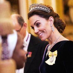 Kate Middleton, muy simpática en la recepción al cuerpo diplomático en el Palacio de Buckingham