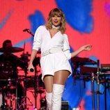 Taylor Swift durante uno de sus conciertos
