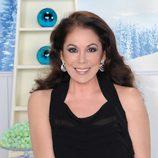 Isabel Pantoja brindando en la promoción de las Campanadas 2011 de Telecinco