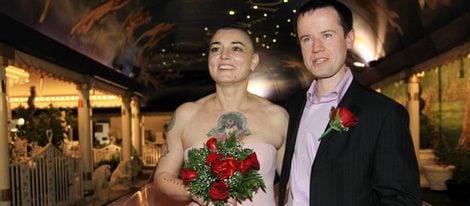 Sinead O'Connor se divorcia de Barry Herridge