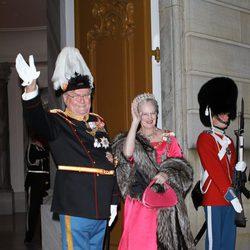 El Príncipe Enrique y la Reina Margarita en la recepción ofrecida por la llegada de 2012