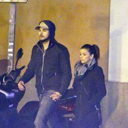 Eva Longoria y Eduardo Cruz cogidos de la mano por Madrid