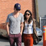 Vanessa Hudgens y Austin Butler de paseo por Beverly Hills