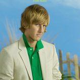 Gabriel Mann en la foto promocional de la serie 'Revenge'