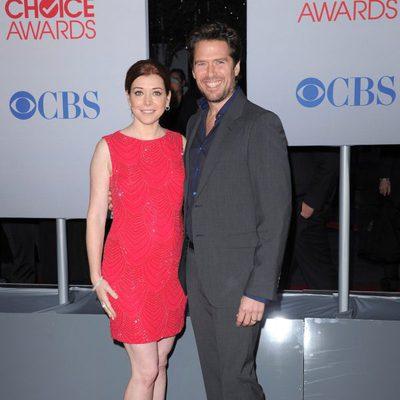 Alyson Hannigan y Alexis Denisof en los People's Choice Awards 2012