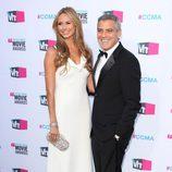 George Clooney y Stacy Keibler en los premios Critics Choice 2012