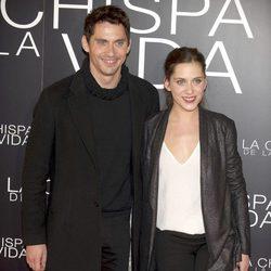 Paco y María León en el estreno de 'La chispa de la vida'
