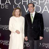 Natalia Figueroa y José Bono en el estreno de 'La chispa de la vida'