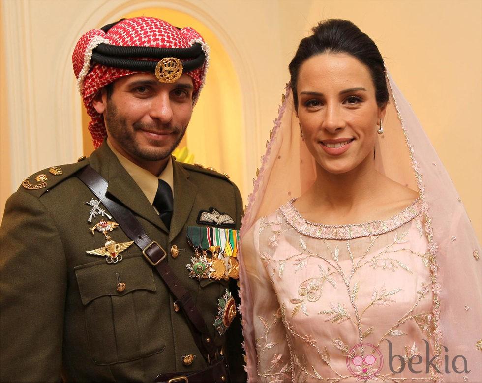 Los Príncipes Hamzah y Basma de Jordania en su boda