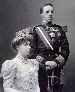 El Rey Alfonso XIII y la Reina Victoria Eugenia