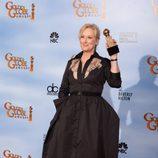 Meryl Streep posa con su Globo de Oro 2012