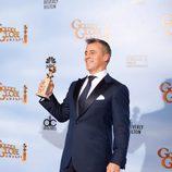 Matt Leblanc posa con su Globo de Oro 2012