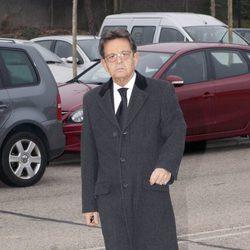Josemi Rodríguez Sieiro llega al tanatorio donde se encuentra Ramón Rato