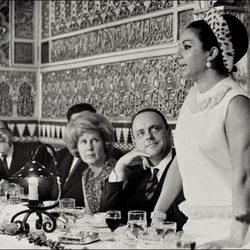 La duquesa de Alba, Manuel Fraga y Lola Flores en los sesenta