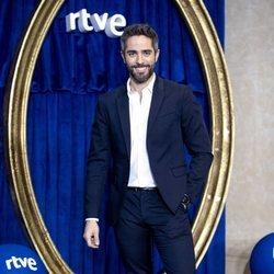 Roberto Leal presentando la programación especial de Navidad de RTVE