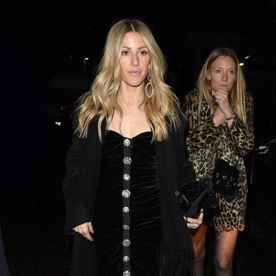 Ellie Goulding acudiendo a la fiesta de compromiso de la Princesa Beatriz de York y Edoardo Mapelli