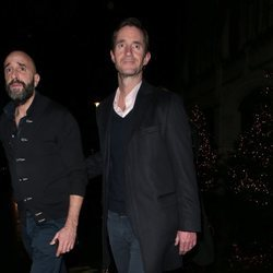 James Matthews acudiendo a la fiesta de compromiso de la Princesa Beatriz de York y Edoardo Mapelli