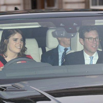 La Princesa Eugenia de York y Jack Brooksbank en el almuerzo prenavideño 2019 en Buckingham Palace