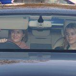 Lady Serena Armstrong-Jones y Lady Margarita Armstrong-Jones en el almuerzo prenavideño 2019 en Buckingham Palace