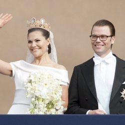 Los Príncipes Victoria y Daniel de Suecia el día de su boda