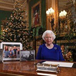 La Reina Isabel dando su discurso de Navidad 2019