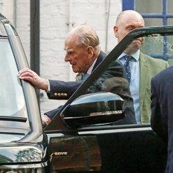 El Duque de Edimburgo recibe el alta médica tras 4 días ingresado por una afección