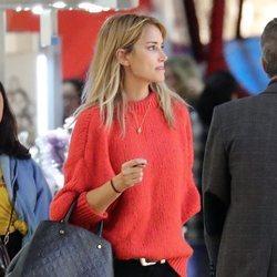Alba Carrillo haciendo compras navideñas tras 'GH VIP 7'
