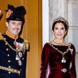 Los Príncipes Federico y Mary de Dinamarca saludando en la recepción de Año Nuevo 2020