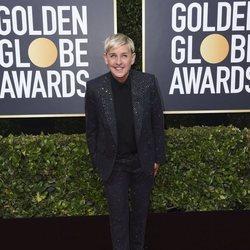 Ellen DeGeneres en la alfombra roja de los Globos de Oro 2020